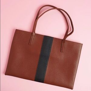 Beautiful VEGAN Leather Tote.